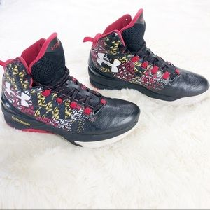 Under Armour charged high top sneakers, Size 9